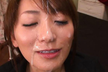 Saki kouzai. Saki Kouzai Asian in office suit masturbates guy and gets cumshot