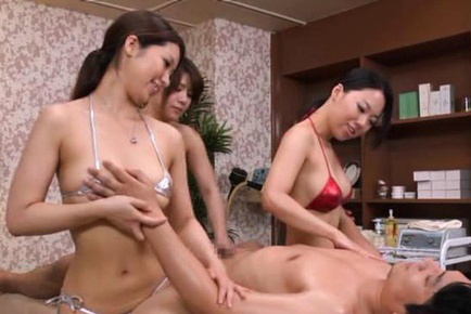 Japanese av model. Japanese AV Model and gals fondle guy and put