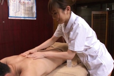 Japanese av model. Japanese AV Model gives man oil massages and